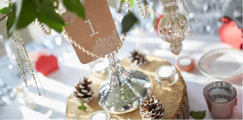 Wooden wedding decor